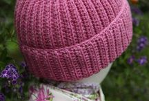 Crochet- Hats and Headwear / Hats! / by Laura Cole