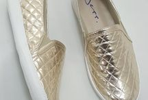 TÊNIS / Trabalhamos com calçados femininos.