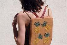 Bolso de madera con tejido