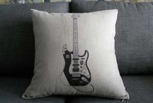 Gifts for Guitar Lovers / by Jen Simpson