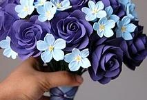 pretty flowers / by Holly Stevens