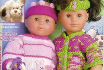 vetements de poupées