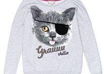 Bluzy, marynarki, sweterki / Tutaj wymieniamy / sprzedajemy bluzy, marynarki, sweterki. Opisz dokładnie wystawiany przedmiot. Zostaw kontakt do siebie:) Dodaj więcej zdjęć: www.pokazywarka.pl
