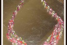 Collares --- necklaces