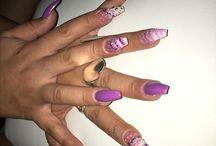 Desi nails