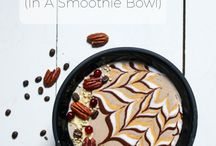 Delicious Smoothie Bowls / Smoothie Bowls