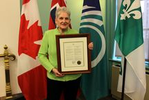 National Cancer Survivors Day 2015 / On June 9, 2015, CCSN was presented with a plaque to commemorate National Cancer Survivors Day in Ottawa by Ottawa Mayor Jim Watson.