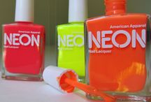 Neon Needs / In love with neon trends and all things flourescent.