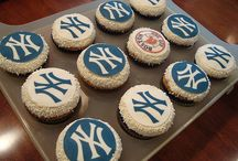 DIY Team Spirit / Show how much you love your hometown sports teams with these DIY ideas!