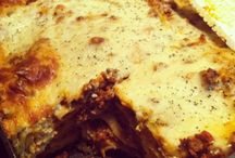 Loving Lasagna Recipes inspired by Red Gold / Find out how to make these many different lasagna recipes for your family! Ingredients and instructions inspired by Red Gold.