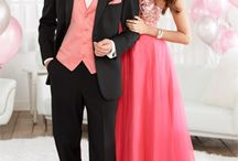 Prom / Our team of trained staff is ready to assist you in matching your prom date's color and choosing the perfect style tuxedo for your prom. John's Tuxedo always has the latest styles of tuxedos and accessories. All of our tuxedos are in-stock and alterations are done onsite, this allows us to find the proper size and alter your tuxedo for a perfect fit.