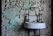 Places Abandoned Hospitals / Hospitales Abandonados
