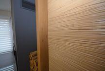 Kreativní obývací pokoj z profilovaného dřeva