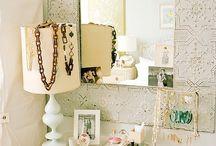 Organized Accessories / Organizing Jewelry + Accessories