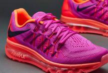 Nike summer trainers 4 pretty pink run