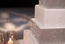 Wedding Cakes / by invitesbyjen