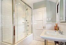 Bathroom w external door