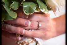 Wedding Flowers & Bouquets / by Tin Box Pictures