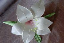 Цветы из  ткани, лент и кружев