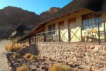 Twyfelfontein Country Lodge / Twyfelfontein Country Lodge, near to the rock engravings and organ pipes, is built in an attractive spot and the design has taken inspiration from the colours and shapes in the local landscape so that the lodge blends in with the surroundings.