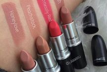 Lipsticks swaches