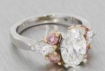 Engagement Ring Inspiration / Find inspiration with an array of engagement ring designs and styles.