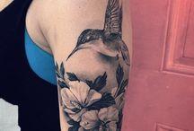 tattoo hummingbird flower