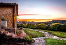 Paesaggi italiani / Riscoprire e conoscere il sottile incanto di paesi e borghi ricchi di antiche tradizioni, custodi di deliziose gemme d'arte e di preziose architetture.