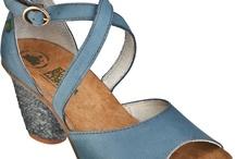 Zapatos, sandalias y algo mas