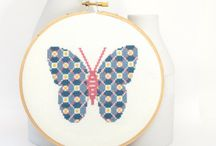 ANIMALS 3-BUTTERFLY *CROSS STITCH-EMBROIDERY