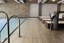 Travertine Effect Tiles / These beautiful travertine effect tiles are made from hardwearing porcelain and are perfect as domestic or commercial floor tiles. They are ideal as travertine bathroom tiles or for busy family areas such as hallways and kitchens.