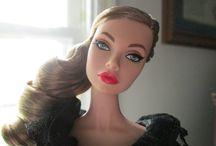 W Club dolls