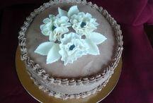 Házi készítésű tortáink.