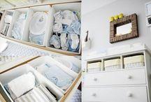 Organizacja kącika niemowlaka / Inspiracje na organizację kącika na rzeczy niemowlaka i wszelkie akcesoria potrzebne do pielęgnacji.