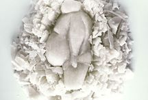 Apócrifa Art Magazine No. 25 / BEAUTIFULLY BIG Una oda a la obesidad, a la gordura, la robustez, símbolo de decadencia, símbolo de simpatía. Un recorrido de peso completo en la obra de una decena de autores.  JOSÉ DAVID MORALES BIG KID LEE CHEN DAO DILRAJ MANN SVEN OLIVER ERWIN OLAF BRIAN JARRELL EMIL ALZAMORA LUCIAN FREUD