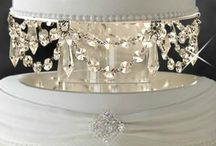 blingy cake stands