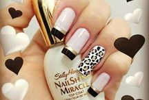 Nails tırnaklar
