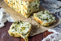 Garlic cheese pull-apart bread.......basil