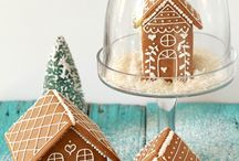 Casette di pan di zenzero / Gingerbread houses / by Niki Costantini
