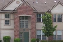 Condo for rent in Crystal Lake / Carefree condo living in Randall Village at 1696 Carlemont Dr. Unit C, Crystal Lake, Illinois 60014.