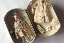 antic dolls