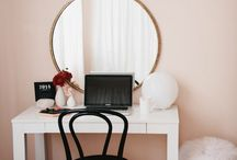 vanity desk [homestyle]
