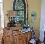 Antique Booth Ideas / by Annette Dawkins