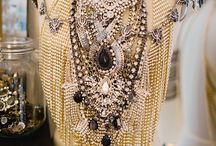JEWELS AND ACCESSORIES
