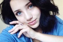 the beautiful one - Emily Rudd