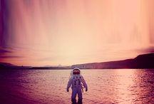 The Astronaut-Galaxy-Space box