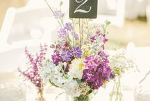 dining table centrepieces & settings