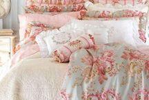 γαλλικά  υφάσματα  και κρεβάτια