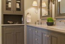 Hampton Linen Cupboard