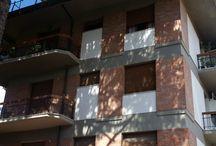 Vendita appartamento Marina di Massa 2 passi dal mare rif. VAE01 / http://www.immobiliareballoni.it/vendite/appartamento-tradizionale-due-passi-dal-mare-zona-viale-roma/    A 2 passo dal mare, misura circa 85 mq ed è esposto su tre lati. Composto da ampio ingresso, soggiorno, cucina abitabile, due camere matrimoniali, bagno, balconi, posto auto e ampia cantina di circa 15 mq. La vicinanza al #mare e le dimensioni lo rendono appetibile sia come seconda #casa che come #abitazione principale!